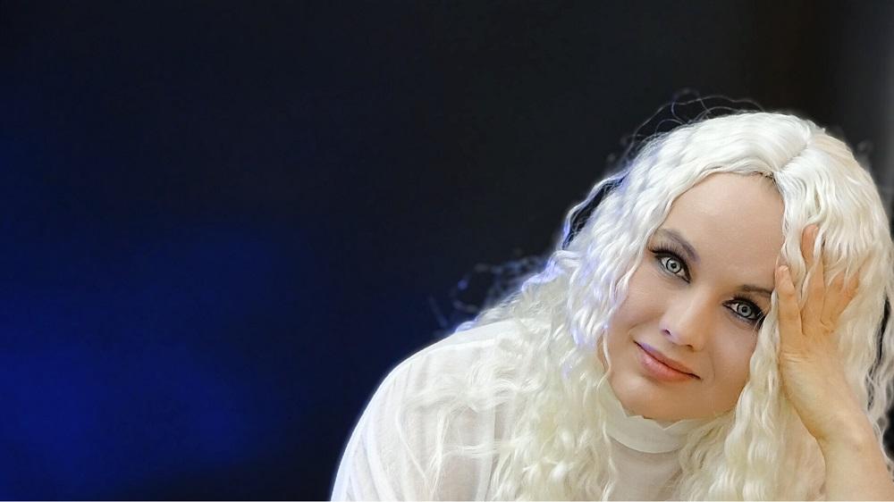 "SFP.BAND: SINGER-SONGWRITER ""MARIA CHABO"""